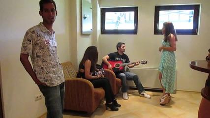 Кандидати пеят преди кастинга във Велико Търново