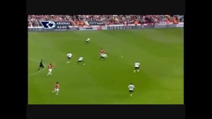 !!! - Фабрегас преодолява сам половината отбор на Тотнъм и вкарва гол !!!