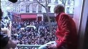 W O W Justin Bieber пее Baby във Франция