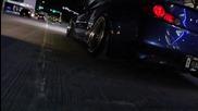 Залепен за асфалта
