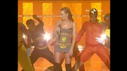 (2002) Кайли Миноуг , Сан Ремо изпълнява - In Your Eyes
