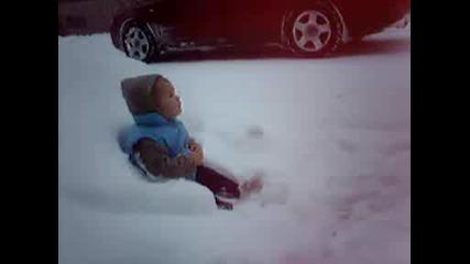 за първи път в снега