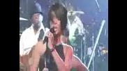 Rihanna - Ексклузивен Лайф На Shut Up And Drive