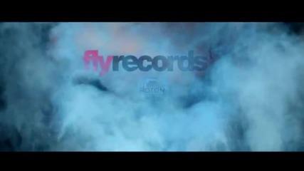 За хоро кото обичат истинската музика Fly Project -