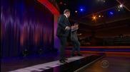 Песента на Джъстин Бийбър - Sorry изсвирена на гигантско пиано!