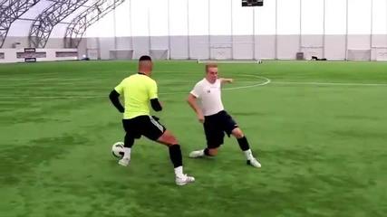 Най-великата игра е футбола. Страхотни умения с топка и моменти от играта