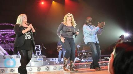 Garth Brooks, Trisha Yearwood Front All-Star ACM Lifting Lives Gala