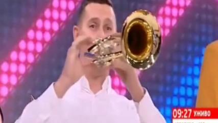 Духовата Музика на Марко( Флигорни )прави Показно на Виво Монтана(учениците на Сорос)!:)