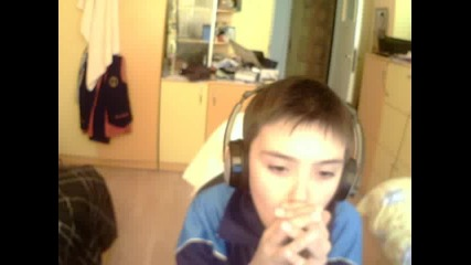 10 годишно момче прави бийтбокс.гледайте