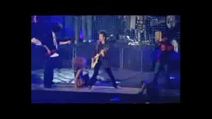 Enrique Iglesias - Push (live) Ft Lil Wine