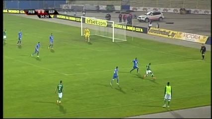 Мирослав Иванов с червен картон в мача Левски - Берое
