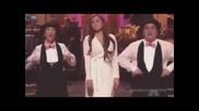 Miley Cyrus пее песен - монолог (смях)