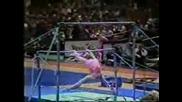 Гимнастичка Побърква Публиката От Смях
