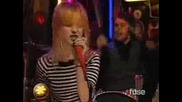 Paramore - Misery Business [live]