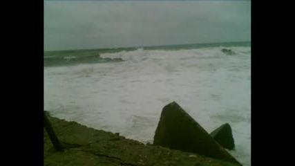 Много големи вълни на Bolata