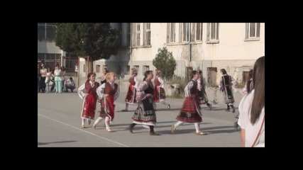 15-09-2011-народни танци