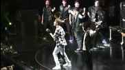 Justin Bieber - Somebody To Love [live]
