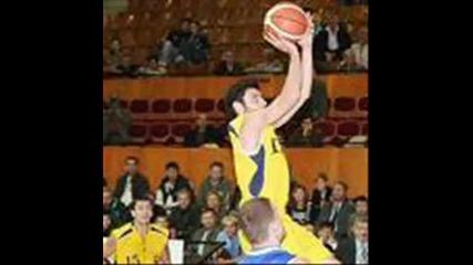 топ 11 най - добри български баскетболисти
