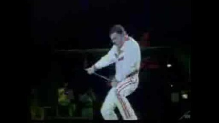 Queen - The Show Must Go On (превод)