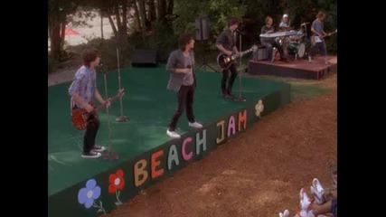 Camp Rock - Jonas Brothers - Play My Music