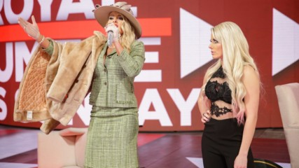 "Lacey Evans makes an unexpected appearance on ""A Moment of Bliss"": Raw, Jan. 21, 2019"