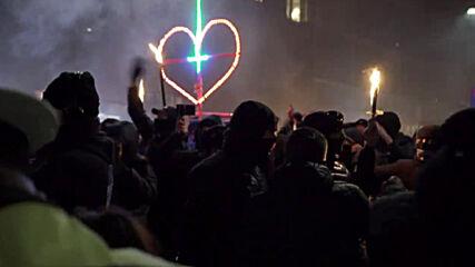 Denmark: Hundreds of 'Men in Black' anti-lockdown protesters march through Copenhagen