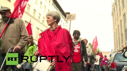 Germany: Thousands march in solidarity with Greece and refugees