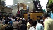 India: Mumbai building collapse leaves at least 15 dead