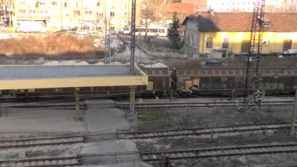 товарен влак влиза в централна гара Пловдив