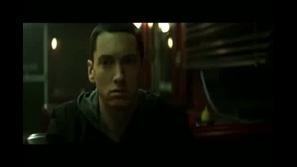 premiera Eminem - Space Bound official Video 2011