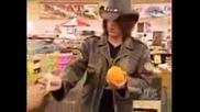 Criss Angel - Изважда Пиле От Портокал