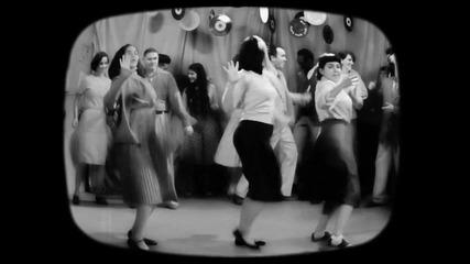 Превод Sia - Cheap Thrills (lyric Video) ft. Sean Paul