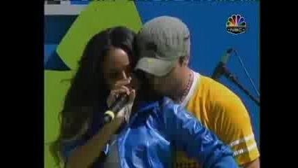 Enrique Iglesias Ft. Ciara - Takin Back My Love(live)