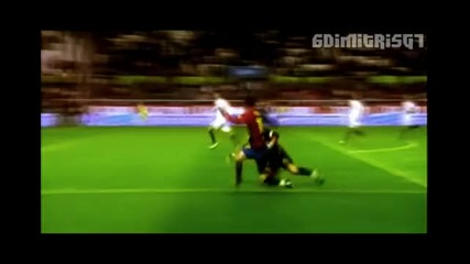 Lionel Messi Top 10 Goals 2009 !!
