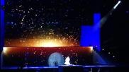 Violetta Live: Виолета - Soy mi mejor momento + целувка с Леон