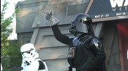 Darth Vader and Stormtroopers dance to Michael Jackson