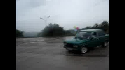 Lada 2106 Въртене