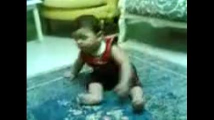 Пияно бебе