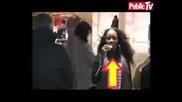 Rihanna Пазарува В Париж - 2007 Година