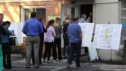 USA: Voters line up in Florida to cast ballots in swing state