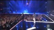 Публиката полудява на концерт на Black Eyed Peas - Pump It 2009