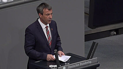 Germany: Bundestag debates on growing tensions between Russia and Ukraine