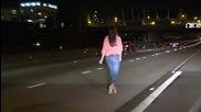 Пияна жена спира колата си на автомагистрала , за малко да предизвика катастрофа