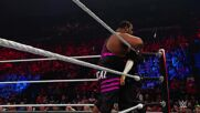"Keith ""Bearcat"" Lee returns to punish Akira Tozawa: Raw, Sept. 27, 2021"