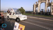 Pope Francis Orders a Pizza Straight to the Popemobile, because He Can