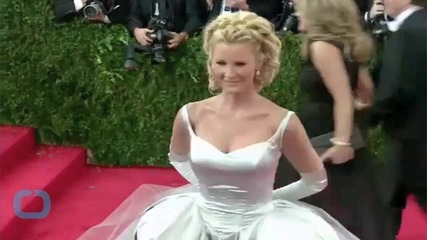 Sandra Lee Rescues a Baby Seal