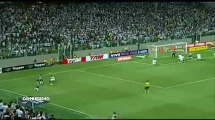 Роналдиньо с хеттрик и две асистенции в Бразилия