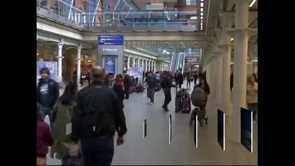 Великобритания смята да ограничи достъпа до социални услуги за емигрантите от България и Румъния