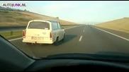 Лудак с Трабант кара с над 180 км/ч !