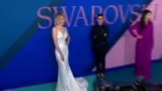 """55-годишната Мег Райън """"отвя"""" с визията си двойно по-млади модели"""